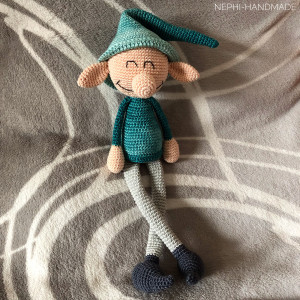 Grinse-Elf gehäkelt