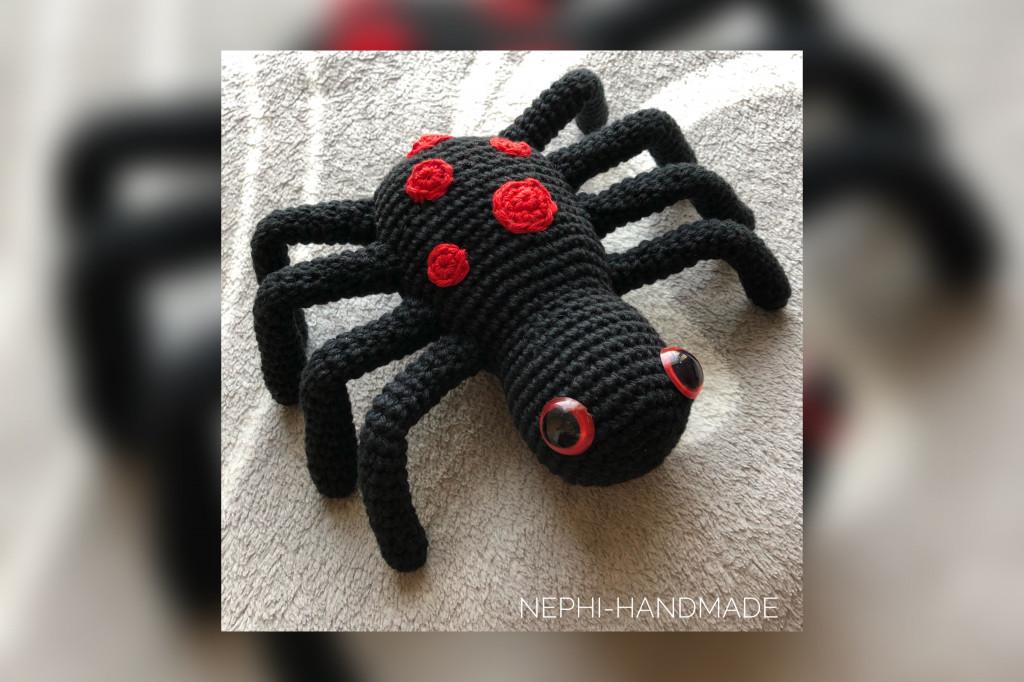 Spinne Thea Halloween Häkelanleitung - Nephi-Handmade